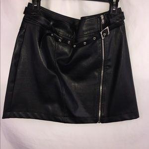 Biker babe leather mini skirt🔥